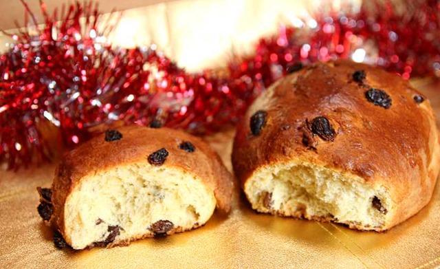 Brioche de Noël aux raisins secs