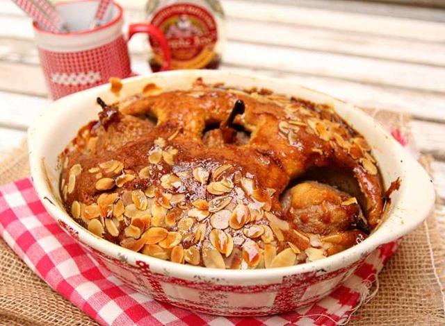 Gâteau aux poires, amandes et sirop d'érable